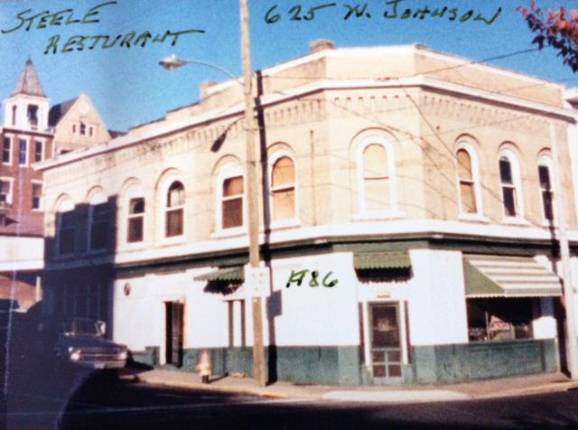 Steele's Tavern – 19 West Johnson Street